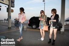 Girls' Generation (SNSD) is Leaving for LA, too.