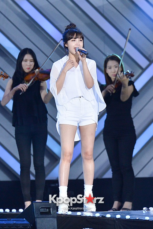 Bada, Yunhan and Jung Eunji Performed at The 20th Anniversary of the 'We Love Korea 2014 Dream Concert' key=>0 count12