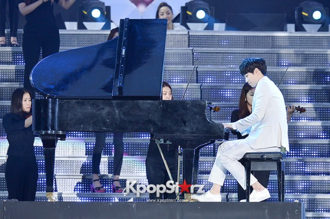 Bada, Yunhan and Jung Eunji Performed at The 20th Anniversary of the 'We Love Korea 2014 Dream Concert' key=>4 count12