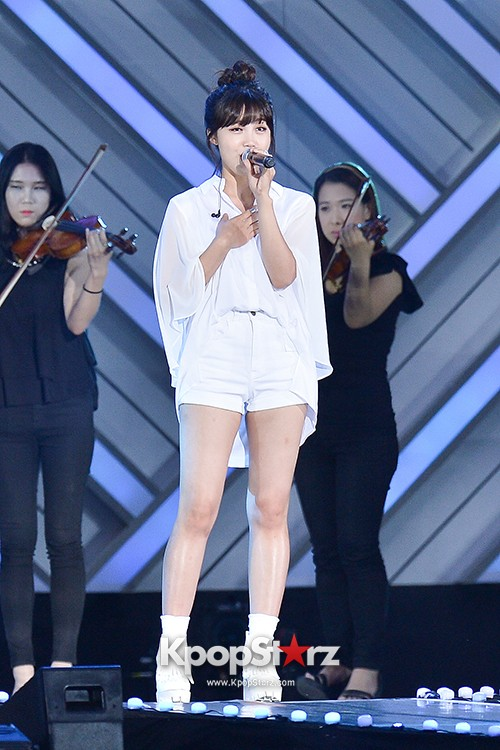 Bada, Yunhan and Jung Eunji Performed at The 20th Anniversary of the 'We Love Korea 2014 Dream Concert' key=>5 count12