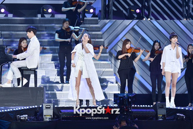 Bada, Yunhan and Jung Eunji Performed at The 20th Anniversary of the 'We Love Korea 2014 Dream Concert' key=>6 count12
