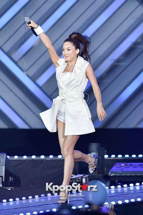 Bada, Yunhan and Jung Eunji Performed at The 20th Anniversary of the 'We Love Korea 2014 Dream Concert' key=>9 count12