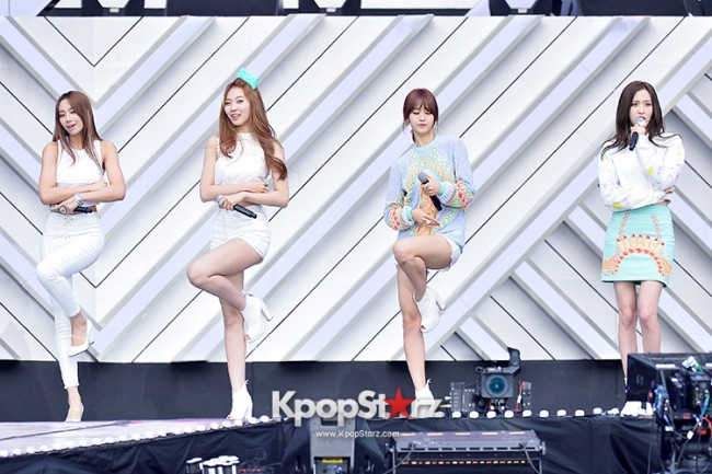 BESTie Performed at The 20th Anniversary of the 'We Love Korea 2014 Dream Concert' key=>1 count12