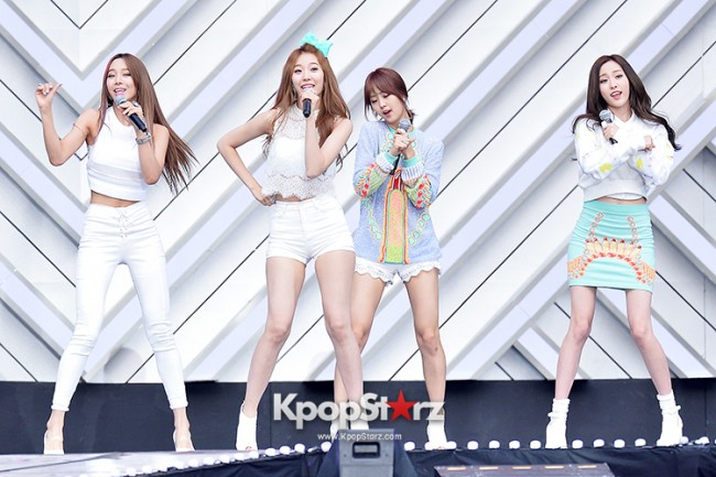 BESTie Performed at The 20th Anniversary of the 'We Love Korea 2014 Dream Concert' key=>2 count12