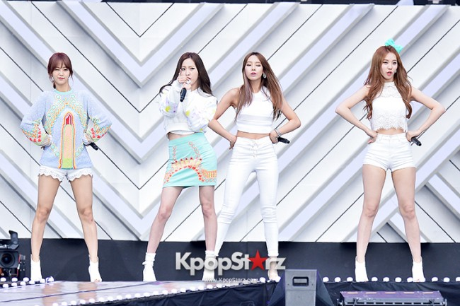 BESTie Performed at The 20th Anniversary of the 'We Love Korea 2014 Dream Concert' key=>3 count12