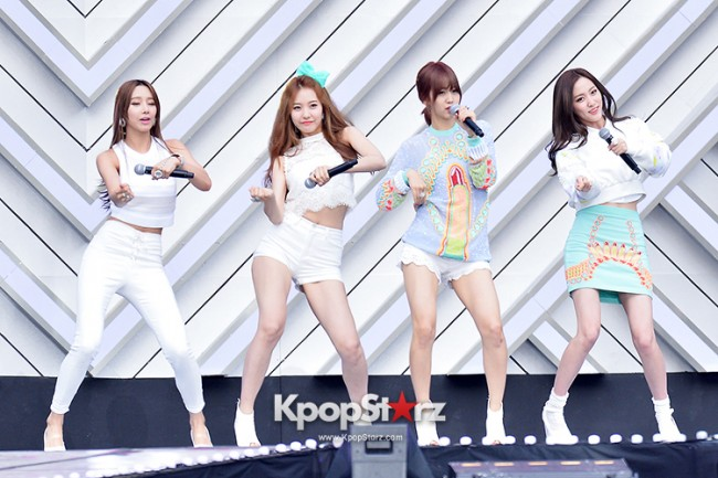 BESTie Performed at The 20th Anniversary of the 'We Love Korea 2014 Dream Concert' key=>6 count12
