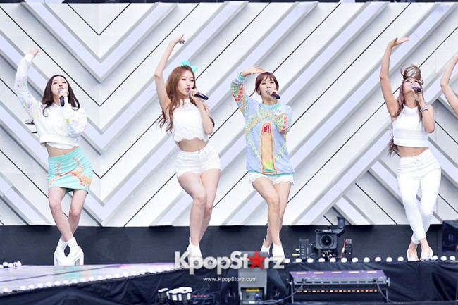 BESTie Performed at The 20th Anniversary of the 'We Love Korea 2014 Dream Concert' key=>7 count12