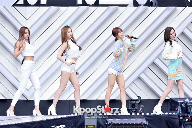BESTie Performed at The 20th Anniversary of the 'We Love Korea 2014 Dream Concert' key=>8 count12