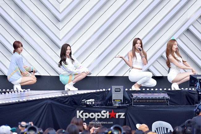 BESTie Performed at The 20th Anniversary of the 'We Love Korea 2014 Dream Concert' key=>10 count12