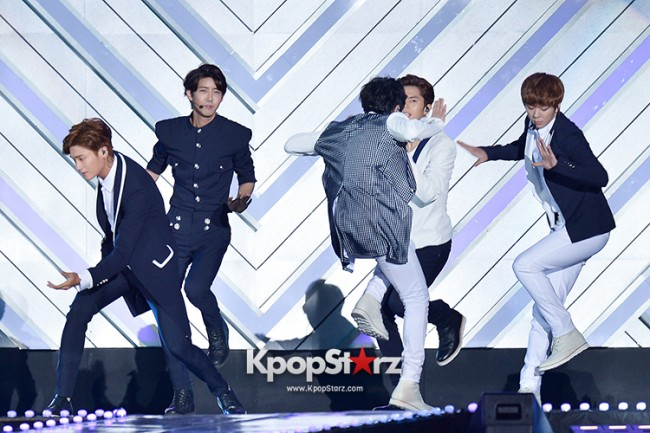 ZE:A Performed at The 20th Anniversary of the 'We Love Korea 2014 Dream Concert' key=>3 count17