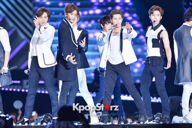 ZE:A Performed at The 20th Anniversary of the 'We Love Korea 2014 Dream Concert' key=>0 count17