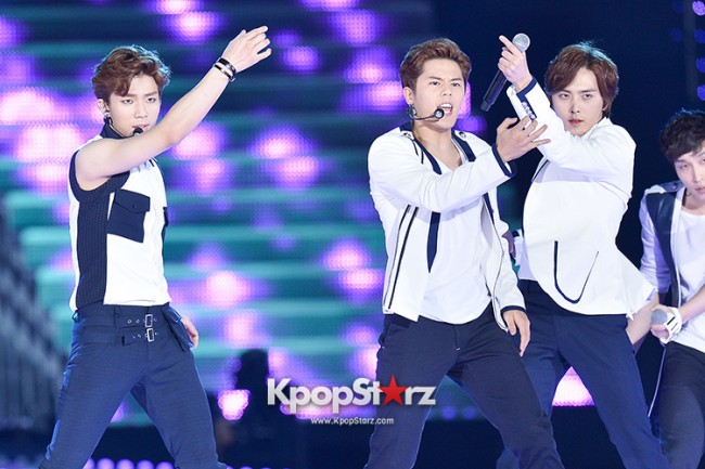 ZE:A Performed at The 20th Anniversary of the 'We Love Korea 2014 Dream Concert' key=>14 count17