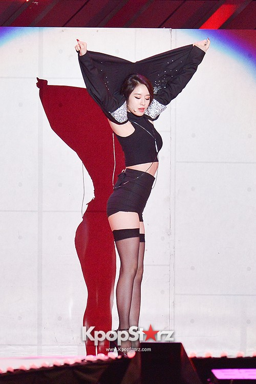 T-ara's Jiyeon Performed at The 20th Anniversary of the 'We Love Korea 2014 Dream Concert'key=>6 count20