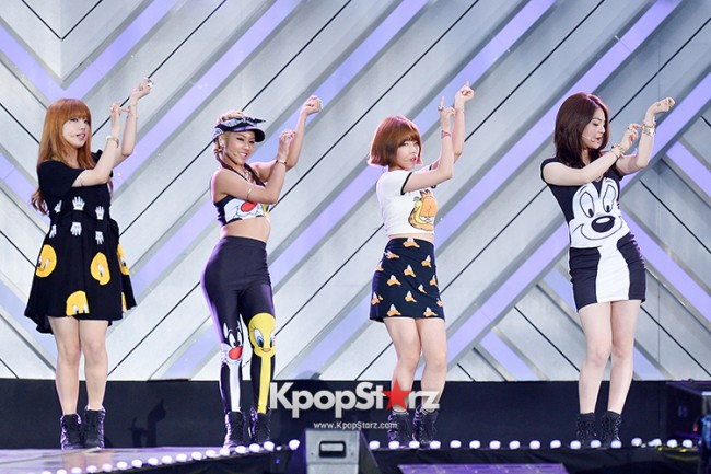 Tiny-G Performed at The 20th Anniversary of the 'We Love Korea 2014 Dream Concert' key=>2 count8