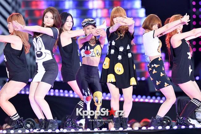 Tiny-G Performed at The 20th Anniversary of the 'We Love Korea 2014 Dream Concert' key=>7 count8