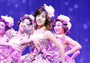 Girls Generation[SNSD] Sunny at Singin' in the Rain Musical Press Call