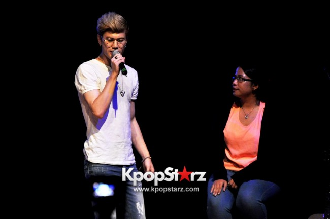 Lunafly Successfully Holds A Memorable And Enjoyable [From Us To You] Fan Meet In Singapore  [PHOTOS]key=>13 count56