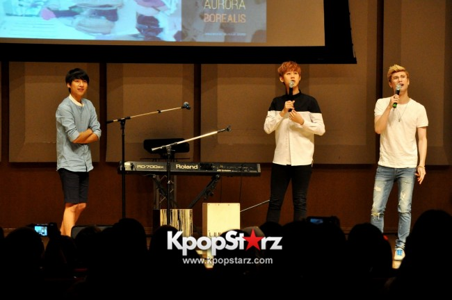Lunafly Successfully Holds A Memorable And Enjoyable [From Us To You] Fan Meet In Singapore  [PHOTOS]key=>37 count56