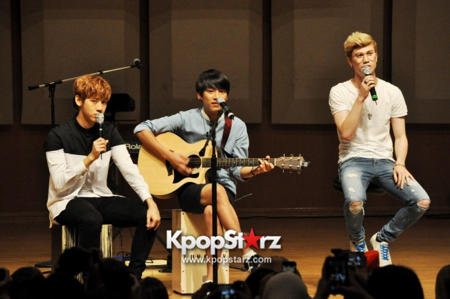 Lunafly Successfully Holds A Memorable And Enjoyable [From Us To You] Fan Meet In Singapore  [PHOTOS]key=>43 count56