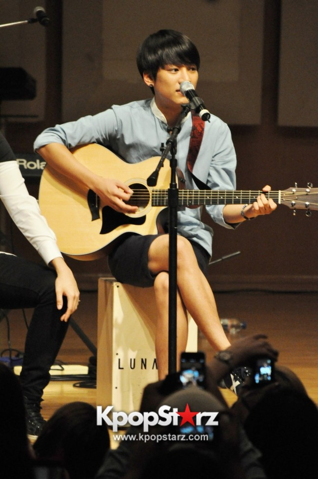 Lunafly Successfully Holds A Memorable And Enjoyable [From Us To You] Fan Meet In Singapore  [PHOTOS]key=>46 count56