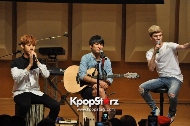 Lunafly Successfully Holds A Memorable And Enjoyable [From Us To You] Fan Meet In Singapore  [PHOTOS]key=>52 count56