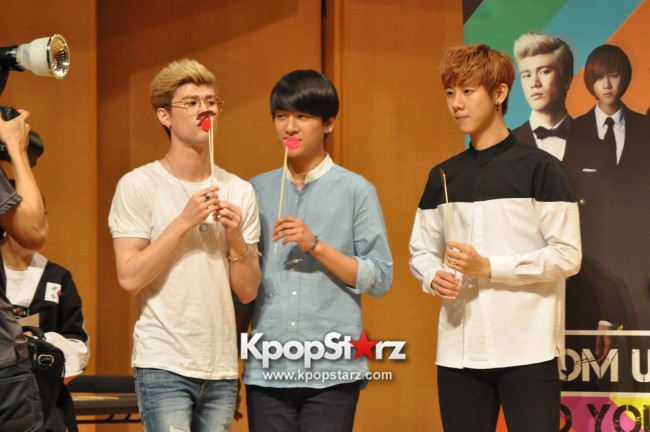 Lunafly Successfully Holds A Memorable And Enjoyable [From Us To You] Fan Meet In Singapore  [PHOTOS]key=>53 count56