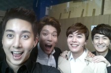 Kim Hyung Joon Posts Picture With His Musical Crew Saying 'Perfect Teamwork'