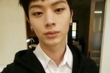 BTOB Yoon Sung Jae Thanks His Fans With A Selfie
