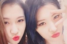 15& Baek Yerin Asks Fans Whether She Looks LIke Sunmi Or Not