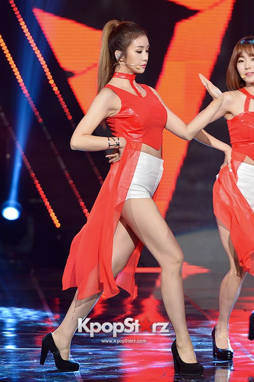 Fiestar [One More] at MBC Music Show Champion key=>14 count18