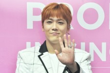 Lee Hongki, Dazzling And Engaging At Press Conference In Singapore, Talks About His Musical, Nail Art, F.T. Island Members [PHOTOS]