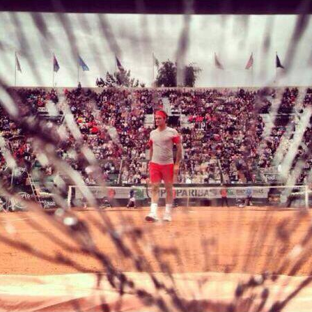 Roger Federer shatters a Roland Garros Cameraman's lens with his powerful backhandkey=>2 count6