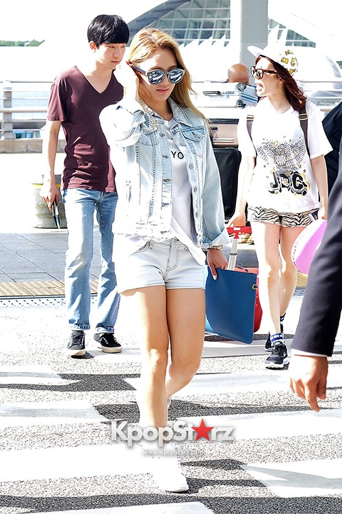 Girls Generation at Incheon International Airport Heading to Hong Kongkey=>38 count43