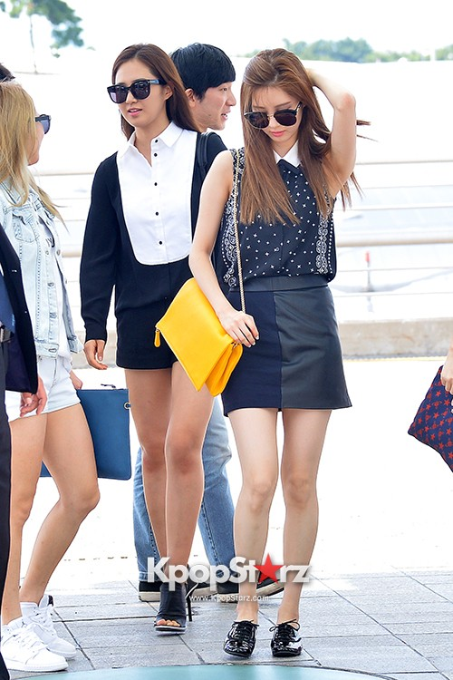 Girls Generation at Incheon International Airport Heading to Hong Kongkey=>41 count43