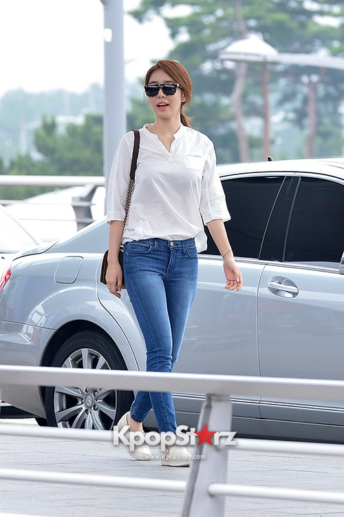 Yoo In Na at Incheon International Airport Heading to LA M.NET K-CON 2014key=>1 count19