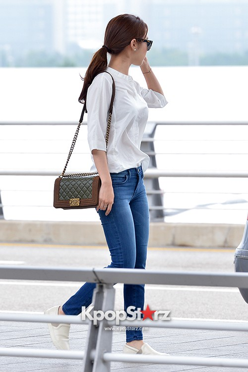 Yoo In Na at Incheon International Airport Heading to LA M.NET K-CON 2014key=>4 count19