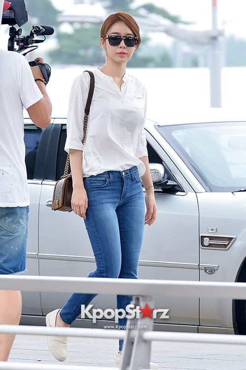 Yoo In Na at Incheon International Airport Heading to LA M.NET K-CON 2014key=>6 count19