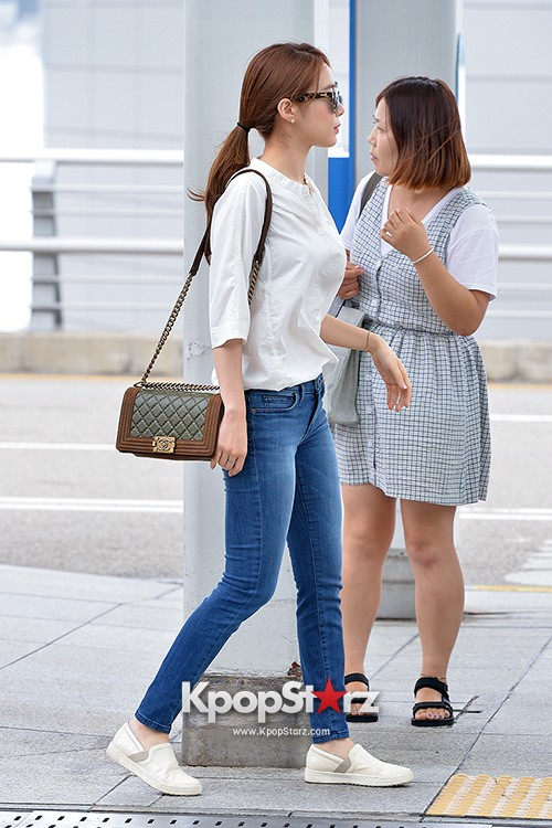 Yoo In Na at Incheon International Airport Heading to LA M.NET K-CON 2014key=>8 count19