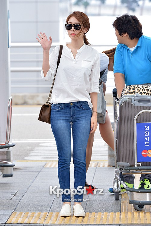Yoo In Na at Incheon International Airport Heading to LA M.NET K-CON 2014key=>12 count19