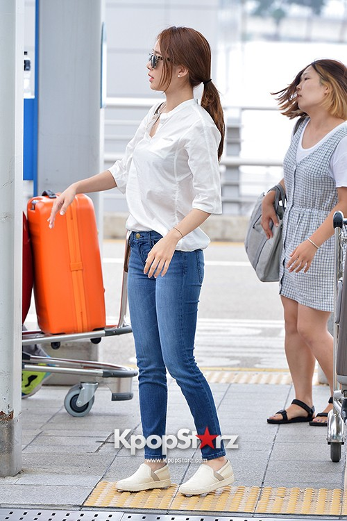 Yoo In Na at Incheon International Airport Heading to LA M.NET K-CON 2014key=>14 count19
