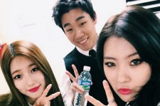 Sunmi And miss A Suzy Take A Photo With Bernard Park At 'JYP Nation 2014' Concert