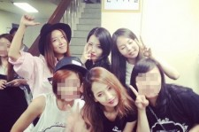 Ye Eun Posts A Picture With Wonder Girls Members Without Sunye