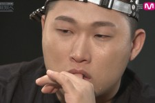 Swings Shows Tears During An Interview On