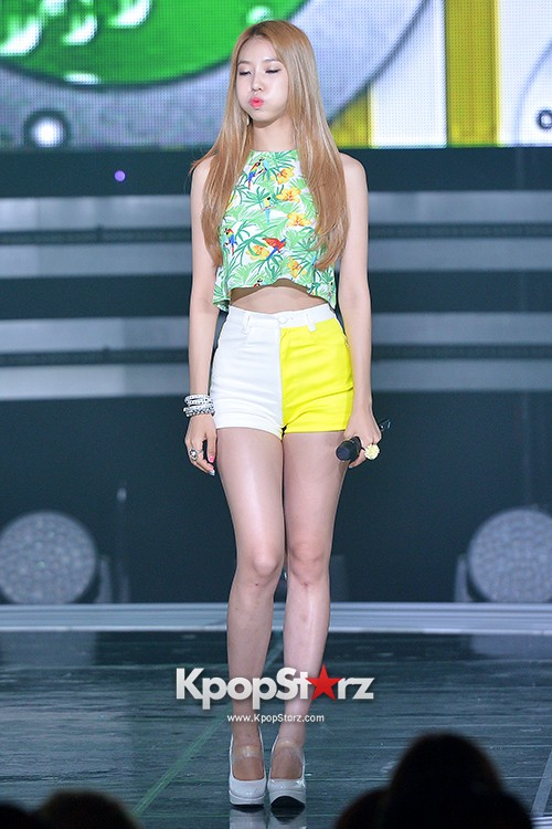 BESTie [Hot Baby] at SBS MTV 'THE SHOW : All About K-pop' key=>3 count18