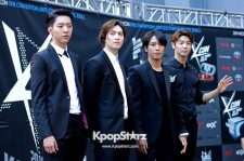 CNBLUE Attends KCON Red Carpet Event in Los Angeles- August 10, 2014 [Photos]