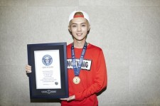 EXO Luhan Enters The Guinness World Records For 'Most Comments On A Weibo Post'