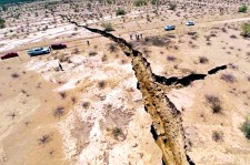 A Huge Earth Crack Appears In North Mexico