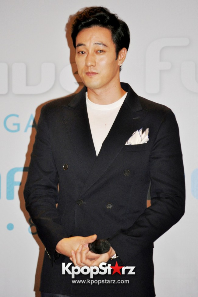 "Popular Korean Drama ""Master's Sun"" Actor So Ji Sub Reveals At Open Press Conference In Singapore, ""The Character I Played Is A Total Opposite Of Who I Am."" [PHOTOS]key=>20 count33"