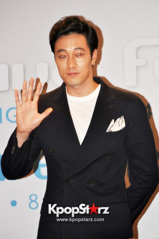 "Popular Korean Drama ""Master's Sun"" Actor So Ji Sub Reveals At Open Press Conference In Singapore, ""The Character I Played Is A Total Opposite Of Who I Am."" [PHOTOS]key=>24 count33"