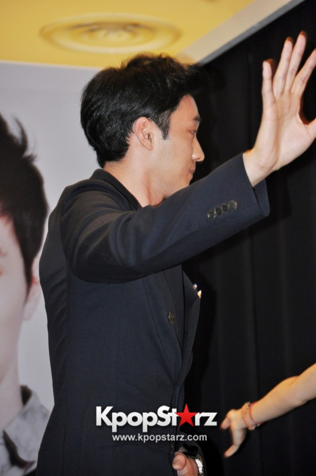 "Popular Korean Drama ""Master's Sun"" Actor So Ji Sub Reveals At Open Press Conference In Singapore, ""The Character I Played Is A Total Opposite Of Who I Am."" [PHOTOS]key=>27 count33"